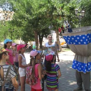 «Театр Петрушки» в сквере «Морской сад»