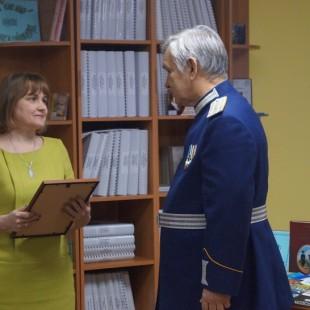 Казаки поздравили Центральную городскую библиотеку с юбилеем