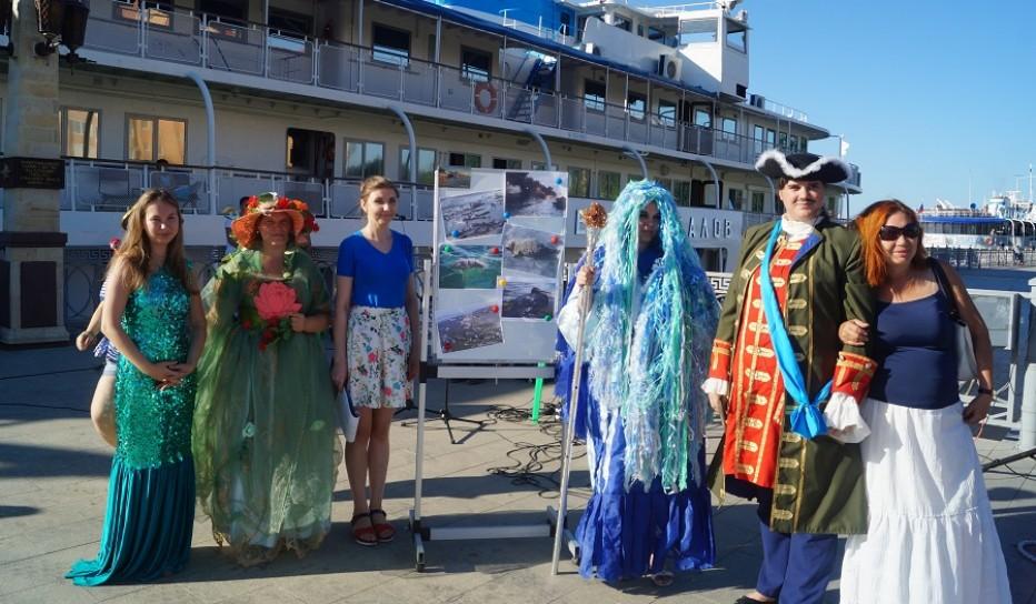 На Центральной Набережной состоялось празднование  Дня Каспийского моря