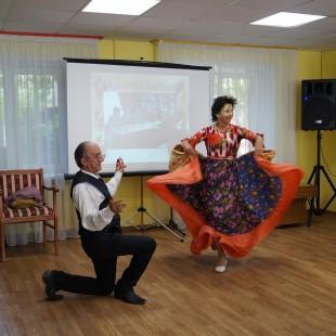 Участники клуба «Золотой возраст» отпраздновали День пожилого человека