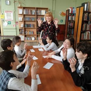 Кукольный театр «Короб кукольных чудес» возобновил свои занятия!